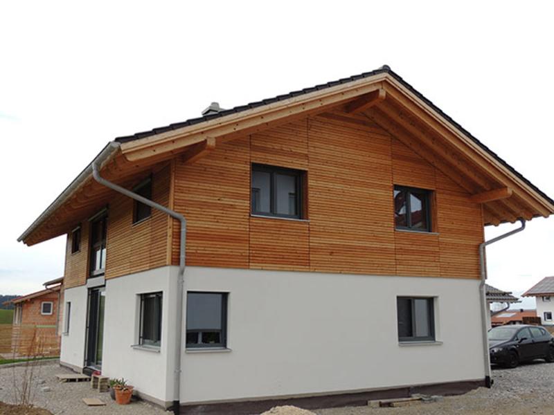 Fassadenplatten Holz zimmerei schmölz holzhäuser